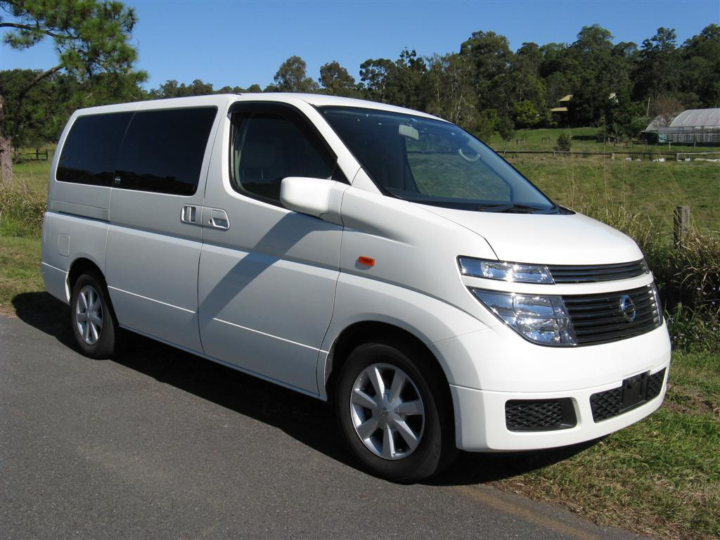 nissan-elgrand-e51 Car List | Nissan Elgrand 4WD 8 Seat Van rental